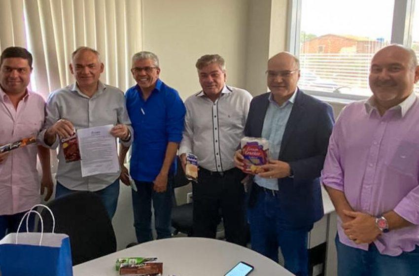 Indústria de biscoitos assina protocolo com prefeitura para instalar fábrica em São Gonçalo
