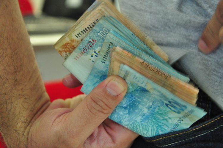 Pagamento do PIS para trabalhadores começa quinta (13); Confira calendário