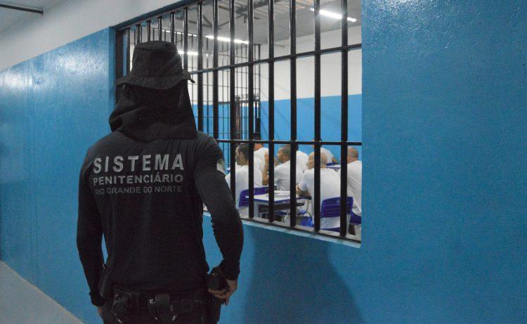 Para evitar prejuízo de R$ 60 milhões, Governo do RN cancela licitação com fornecedor de refeições