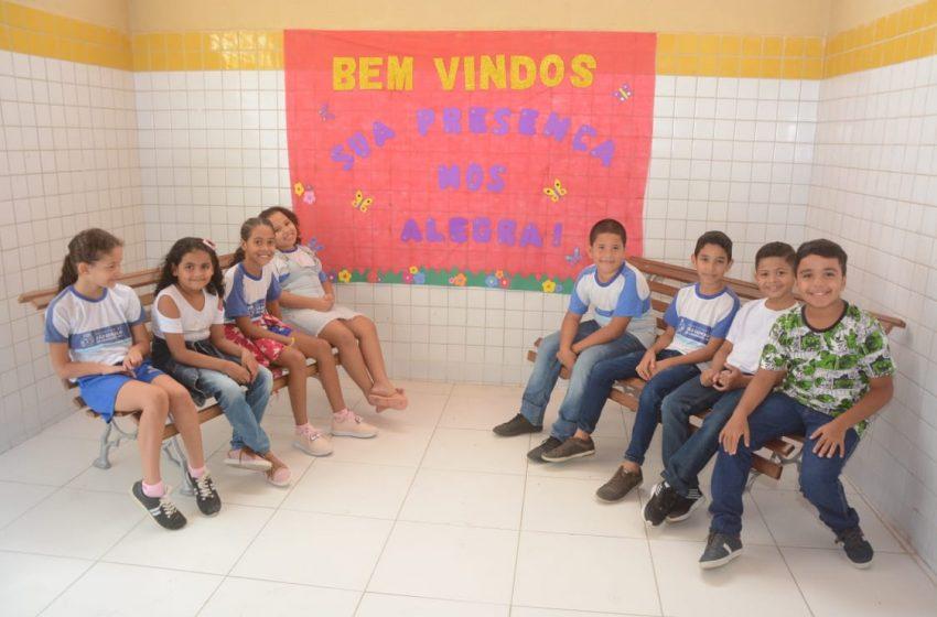 Prefeitura entrega reforma da Escola Vicente de França no Amarante, Amarante