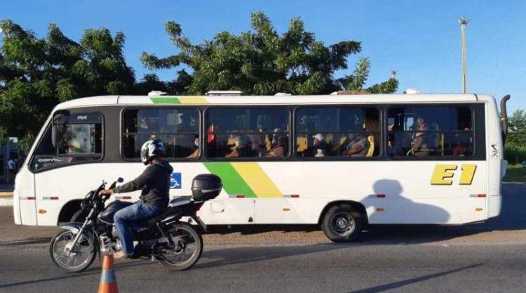 PRF detém motoristas de ônibus intermunicipais por infringirem determinação legal