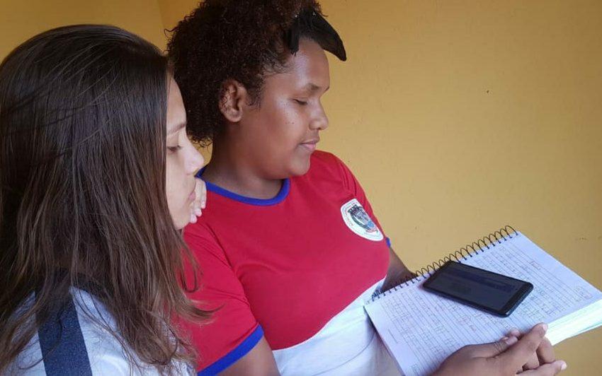 professores de São Gonçalo usam alternativas digitais para manter rotina de atividades dos alunos