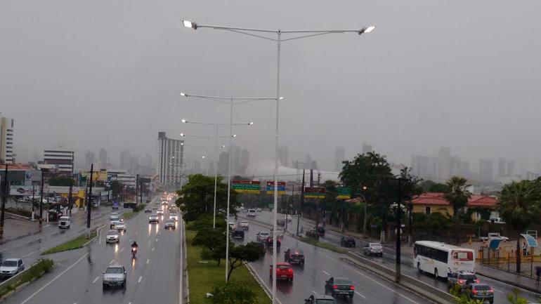 Inmet emite alerta de chuva com 'perigo' em todos os municípios do RN