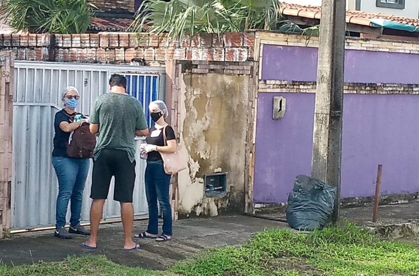 Equipes da prefeitura faz entrega de mascaras no Bairro Jardins