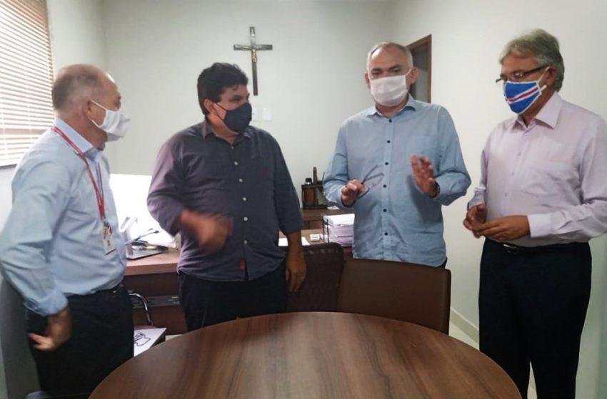 Vereador Pr. Edmilson Gomes acompanhou de perto a abertura de 10 leitos de UTI no Hospital  Belarmina Monte.