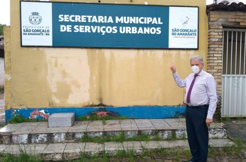Vereador Pr. Edmilson Gomes está fiscalizando execução de obras mesmo em meio a pandemia
