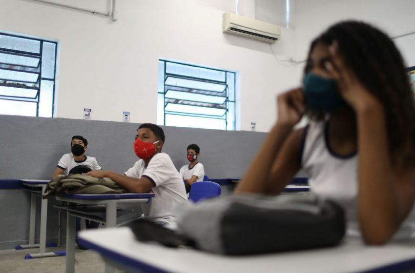 Metade dos pais não confia na segurança sanitária de escolas públicas