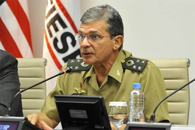 General Joaquim Silva e Luna é o novo presidente da Petrobras, anuncia Bolsonaro