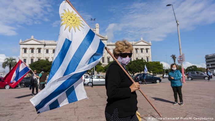 Uruguai tem maior taxa de contágios de Covid-19 diários do mundo