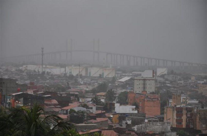 Inmet alerta para chuvas intensas em 113 cidades do RN; veja lista