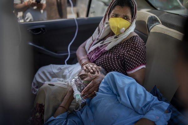 Índia bate recorde mundial de casos de Covid pelo 5º dia seguido