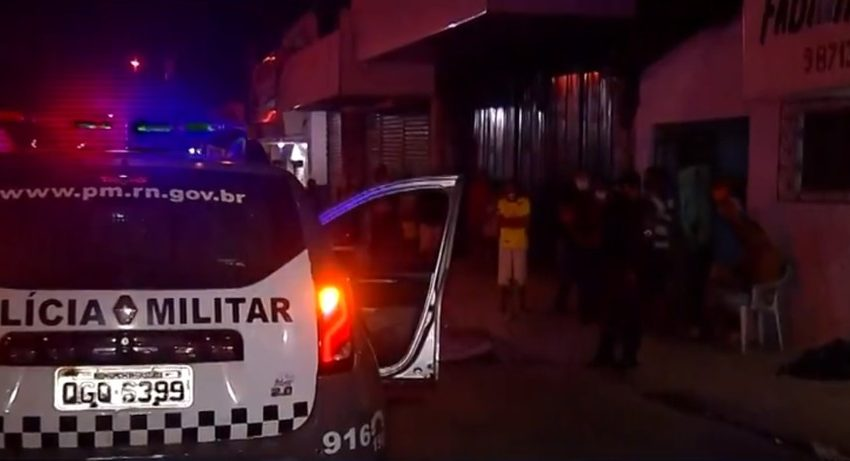 Dono de oficina de reciclagem é morto a tiros na frente da esposa durante assalto em Natal