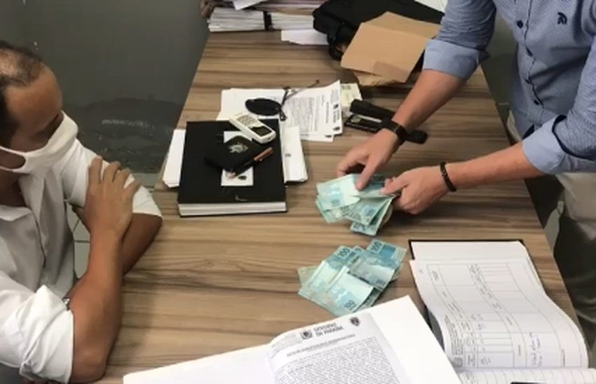 Delegada e escrivão da Polícia Civil da PB são presos por suspeita de cobrar dinheiro para arquivar inquérito