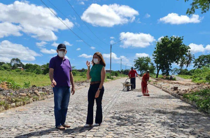 Paulinho Emídio fiscaliza obras da Av. Brasil em São Gonçalo
