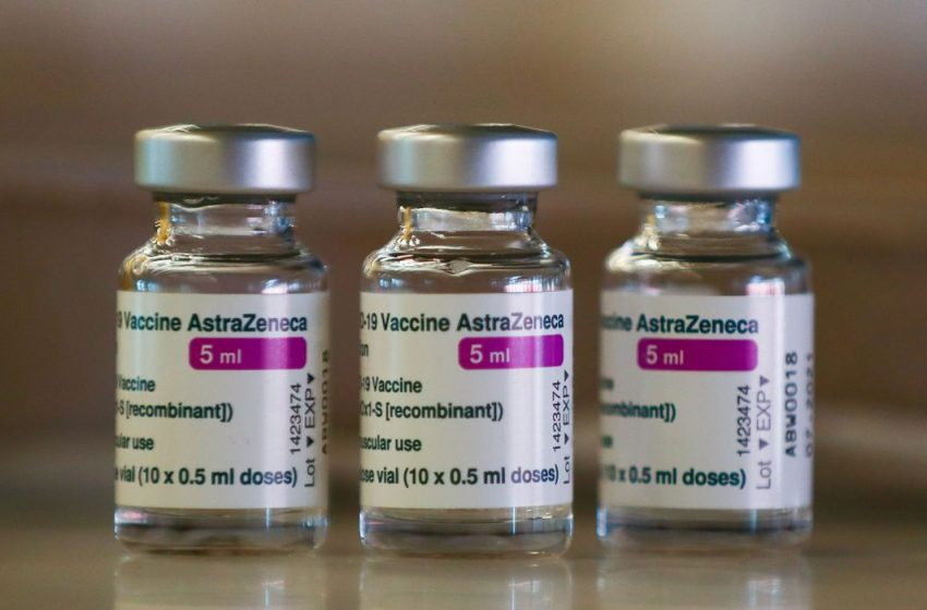 Lote com 59.250 doses da vacina AstraZeneca chega ao RN