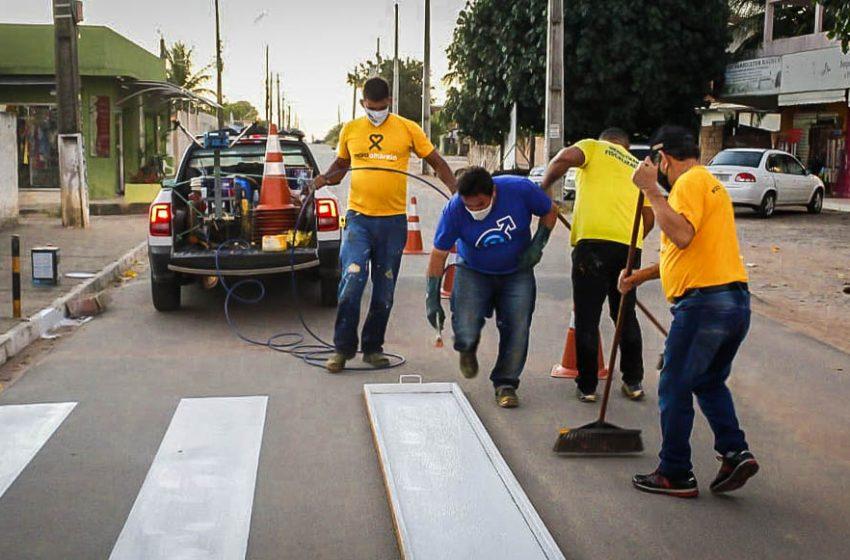 DEMUTRAN implanta faixas de pedestres no bairro jardins em São Gonçalo do Amarante