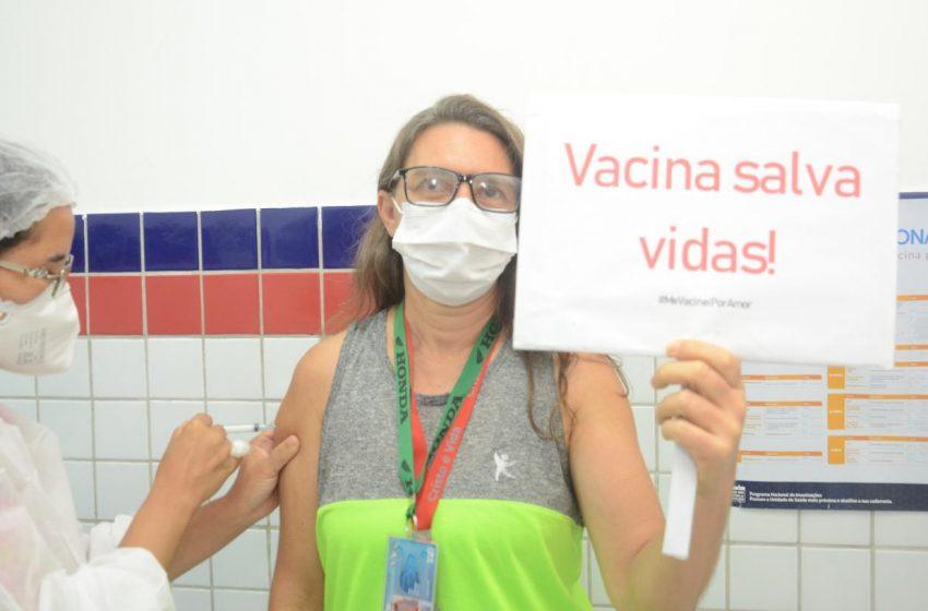 São Gonçalo vacina 5 mil pessoas em dois dias; imunização segue apenas para grupos prioritários