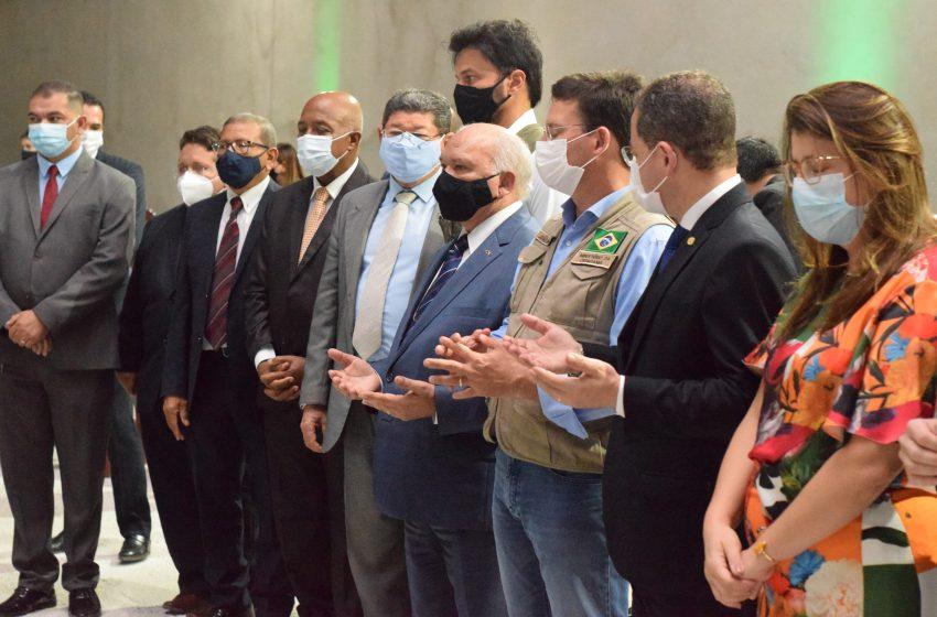 Assembleia de Deus ministério Madureira recebe ministros do governo federal em Natal