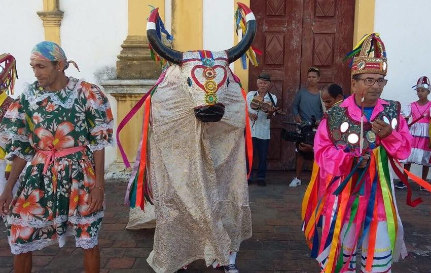 Prefeitura de São Gonçalo lança edital para beneficiar grupos folclóricos, parafolclóricos e teatrais do município